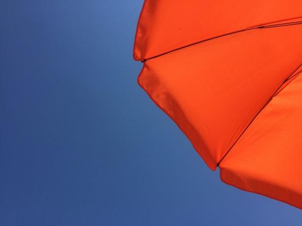 parasol-3565895_1920